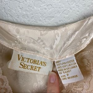 Victoria's Secret Tops - Vintage Victoria's Secret Gold Label Lace Cami Top